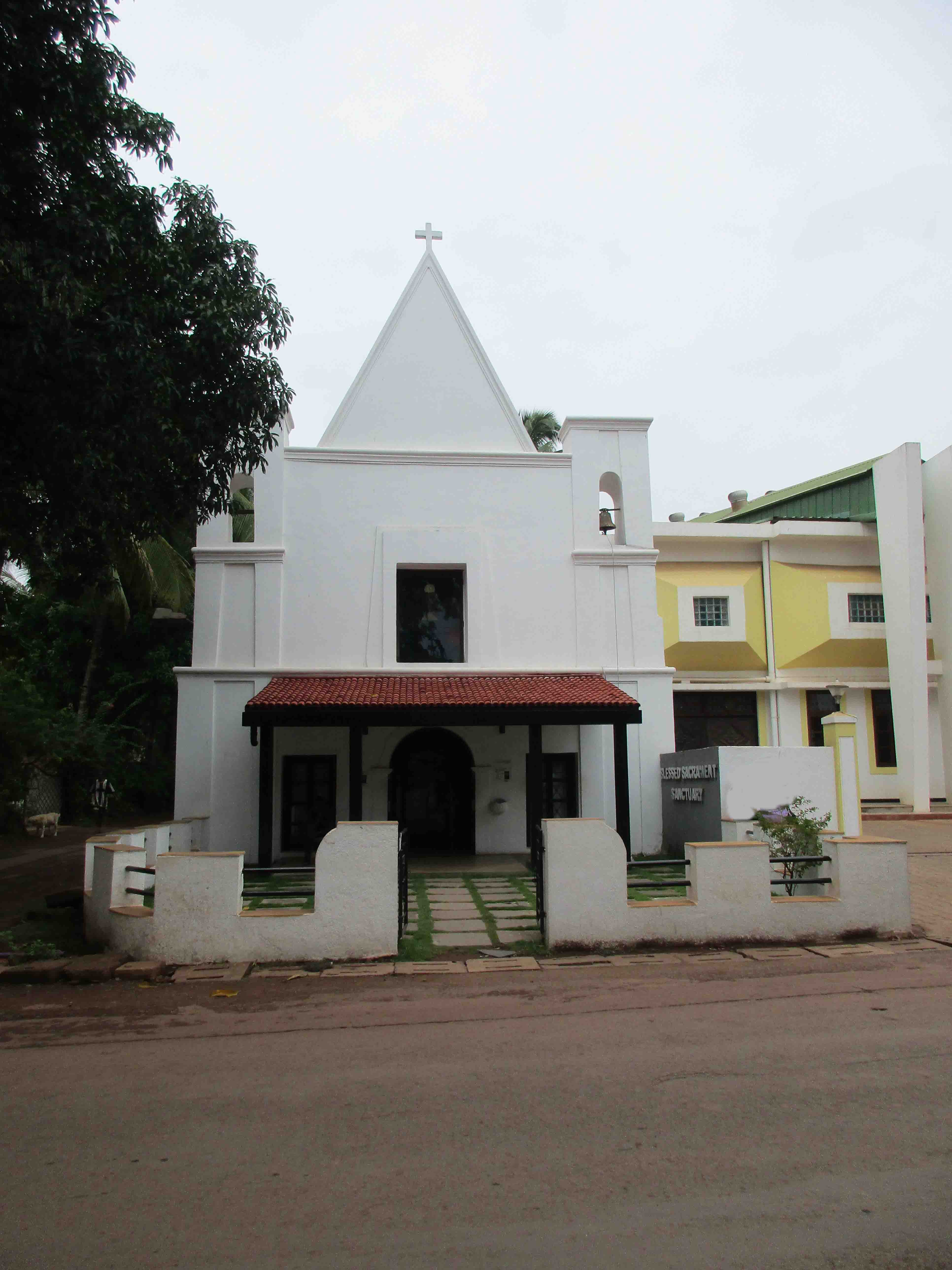 Our Lady of the Rosary Church, Caranzalem, Goa
