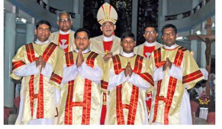 New Deacons in Pilar